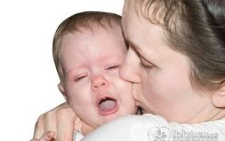 Причины плача ребенка при кормлении грудью
