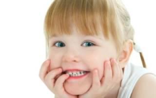 Почему на зубах появляются белые пятна у ребенка лечение?