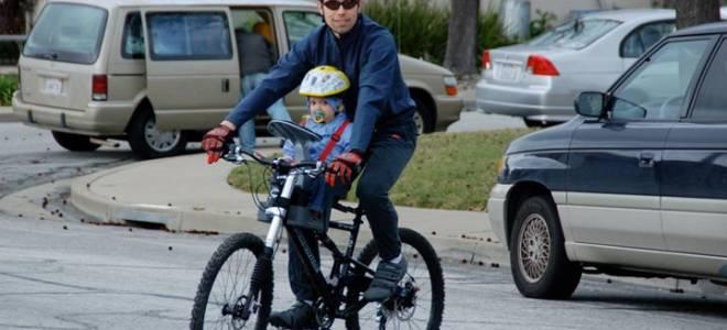 Для чего нужно ребенку велокресло