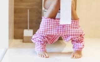 Белые вкрапления в кале у ребенка: что это