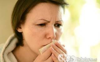 Кормление ребенка при кашле у мамы прекращать или нет