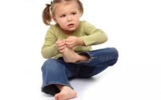 Боль в пятке при ходьбе причины и лечение у ребенка