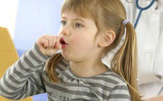 Хрипы при дыхании у ребенка без температуры лечение комаровский